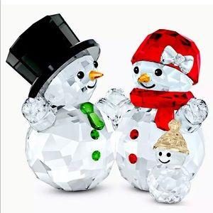 NIB Swarovski Snowman Family 2020 Crystal Figurine